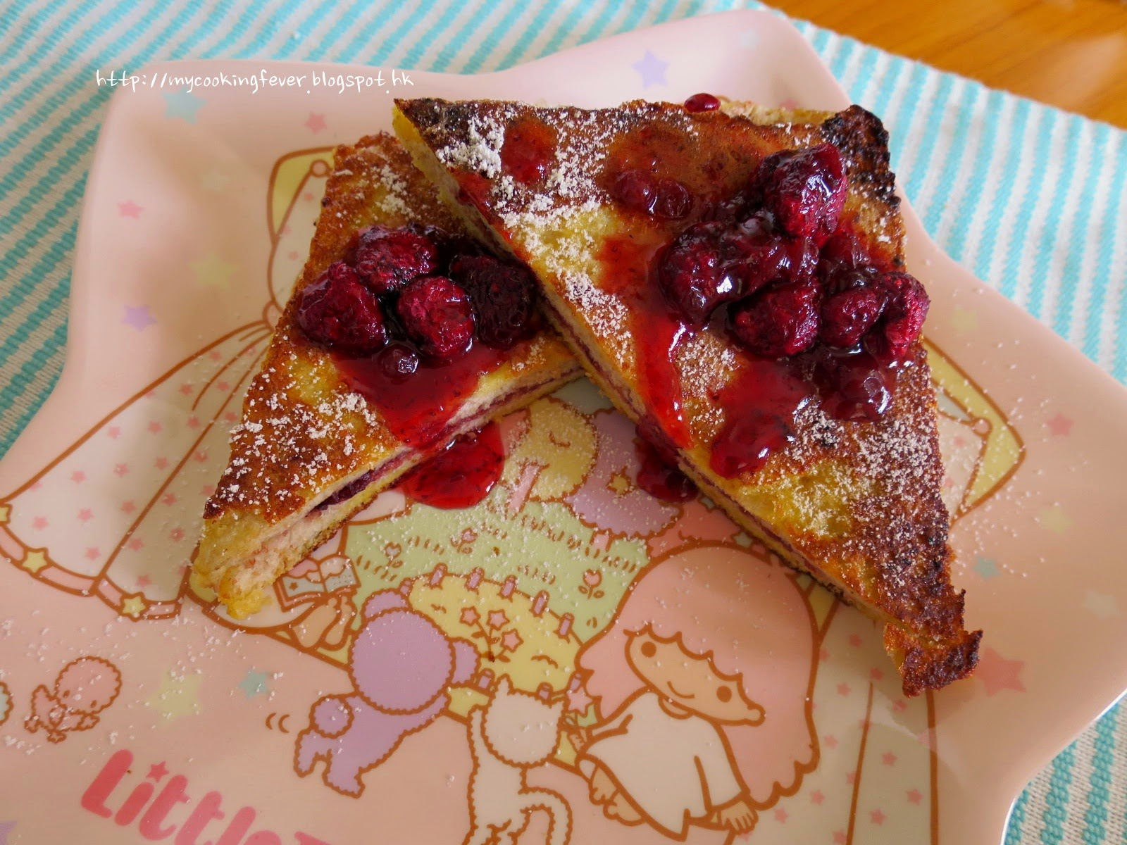 French Toast with Rasperberry Sauce