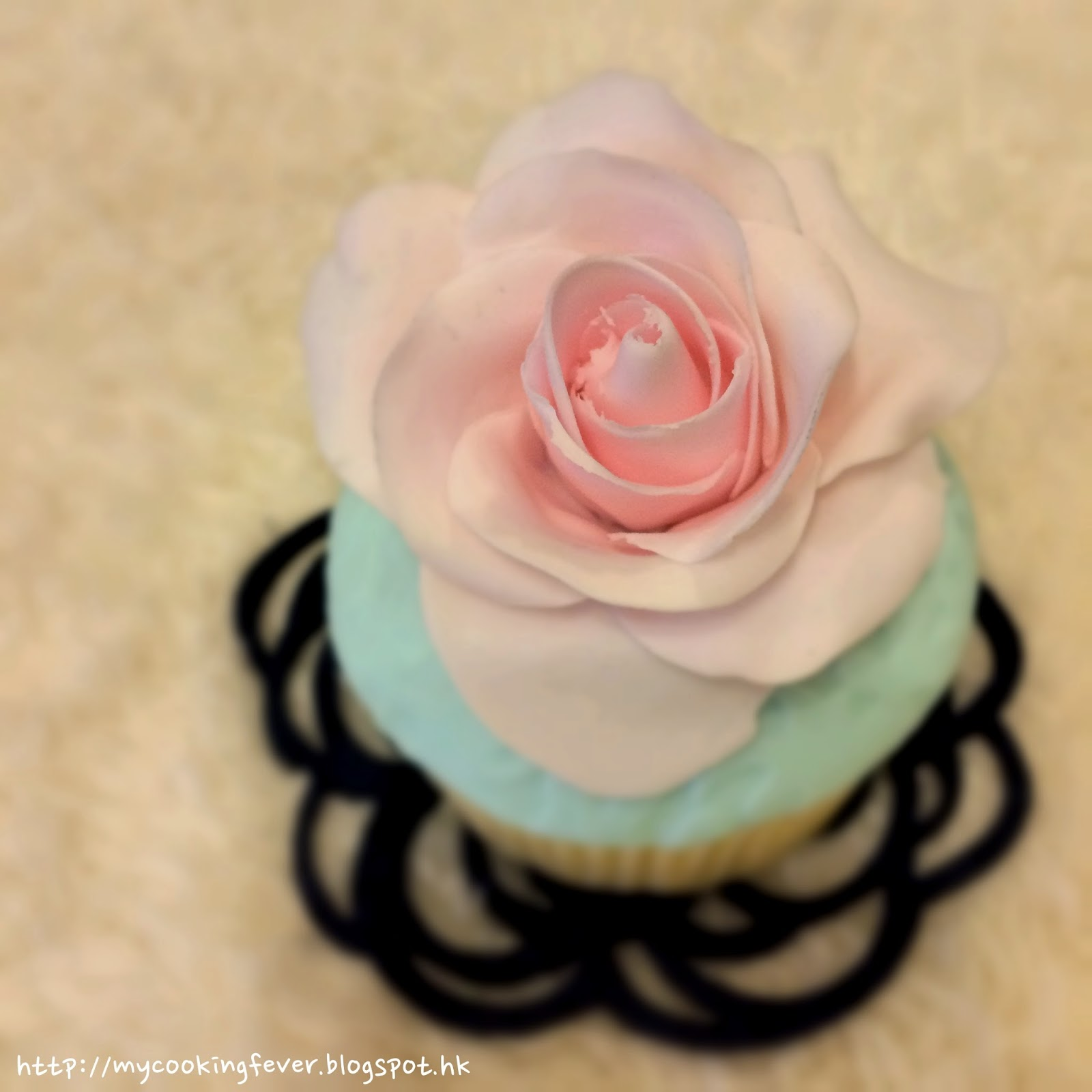 Rose Cupecake2