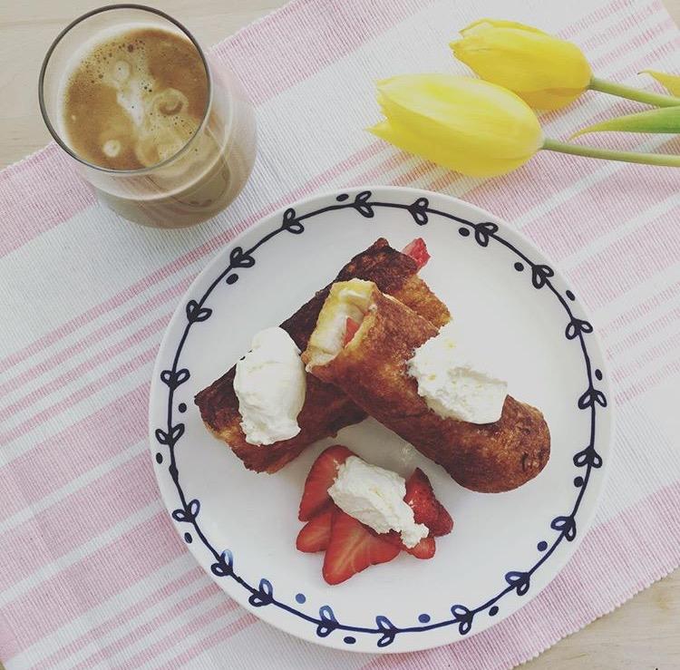 Strawberry Creamcheese Freanch Toast
